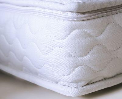 wenn der verpacker beim einschlafen hilft. Black Bedroom Furniture Sets. Home Design Ideas